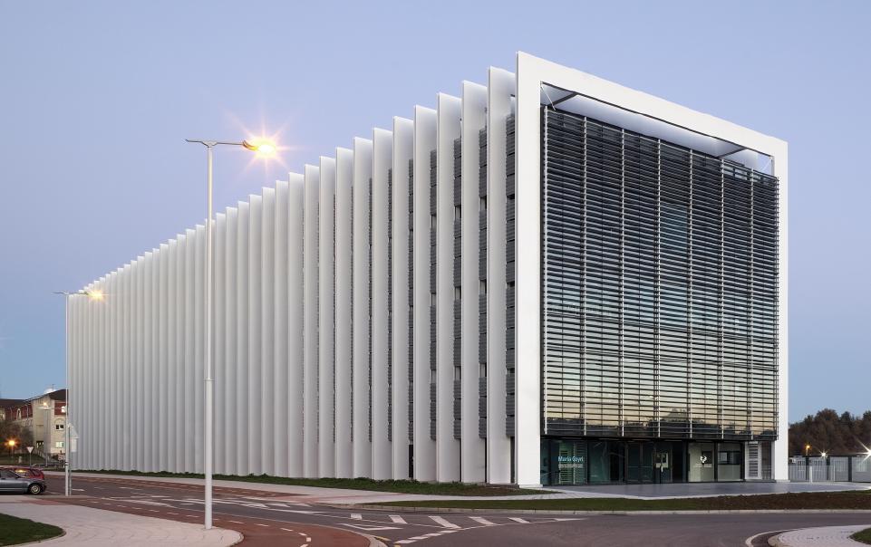 Centro de biotecnolog a animal universidad pa s vascojaam for Universidades para arquitectura