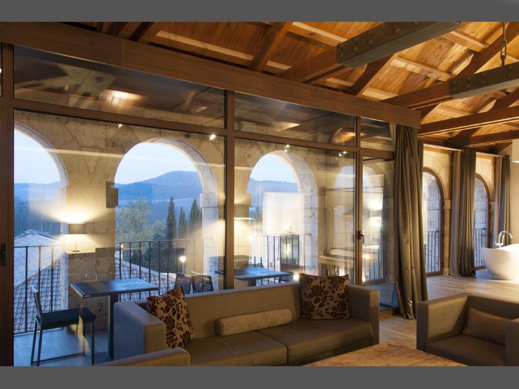 Castilla termal monastery of valbuena spa hotel for Hotel spa nueva castilla