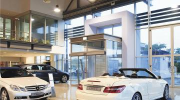 Mercedes Benz Showroom (Almada)