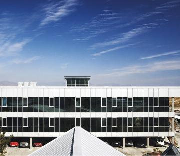 Edificio de Usos Múltiples del Aeropuerto de Málaga