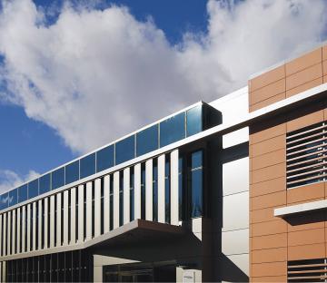 Miguelturra Ofis Binası