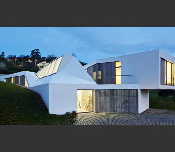 Lara Ríos house and atelier