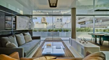 Specular penthouse