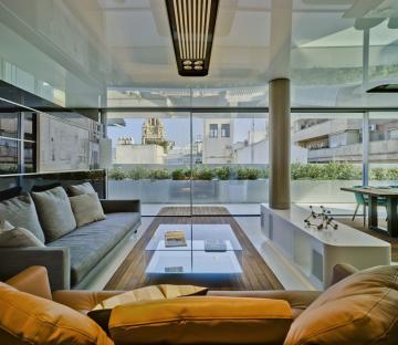 Specular penthouse