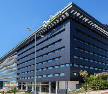 RADISSON HOTEL SANTA CRUZ - URUBÓ BUSINESS CENTER