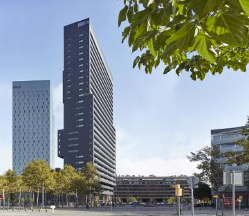 Diagonal Corp Tower