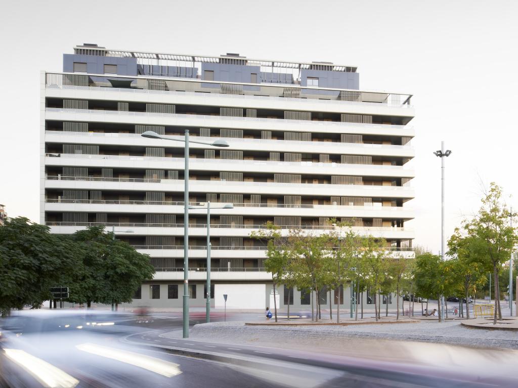 Edificio de Viviendas Balcón de San Lázaro