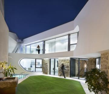Peraleda House